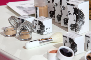 Organic, natural and mineral make-up products range by Studio 78 Paris