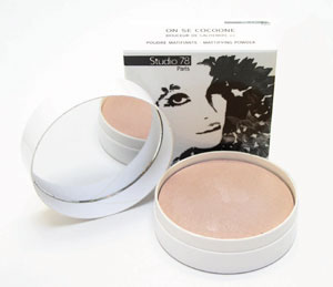 Organic and natural matifying powder by Studio 78 Paris